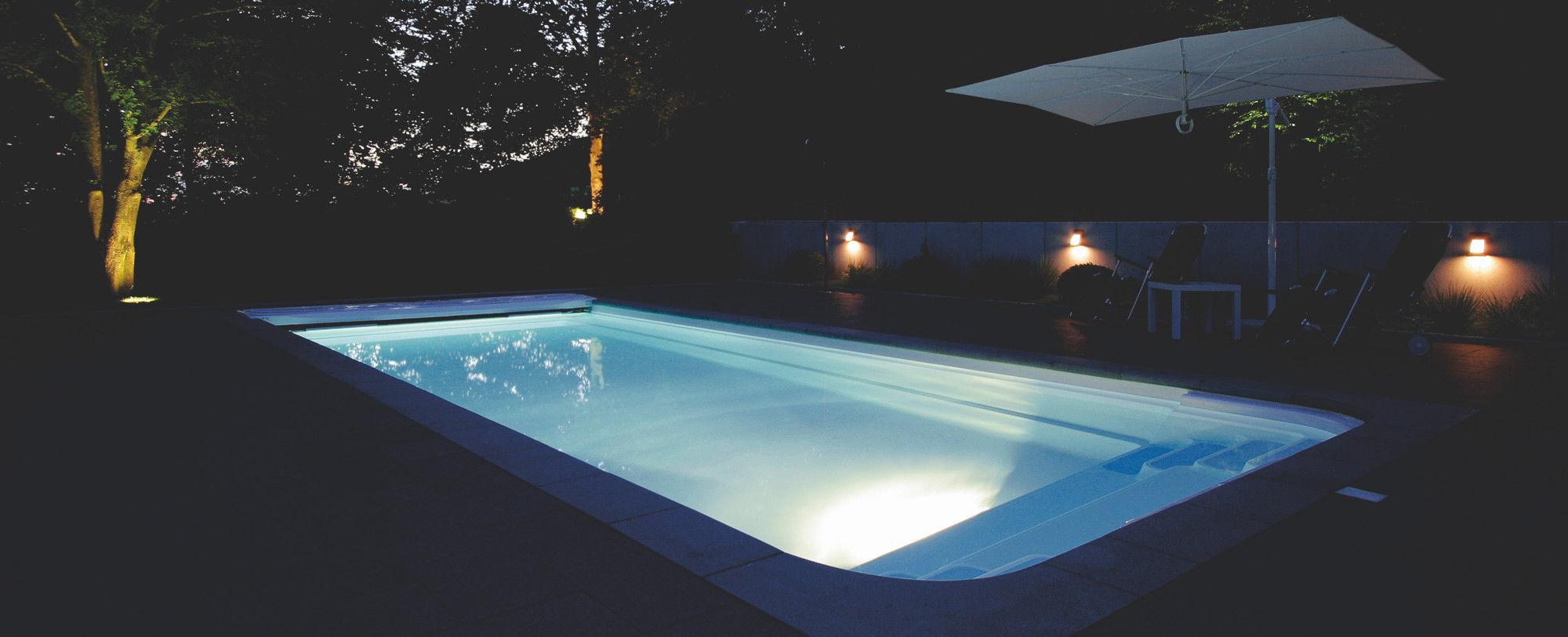 Wonderful Prevnext. Schwimmbad